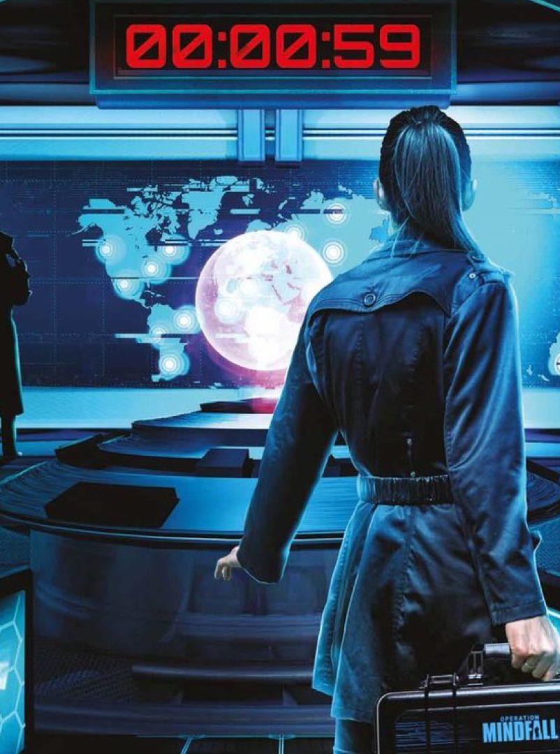 Runaway Planin ulkopakopelin Operation Minfall teemakuva, jossa agentilla on salkku kädessä.